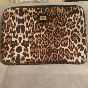 Juicy Couture leopard zip